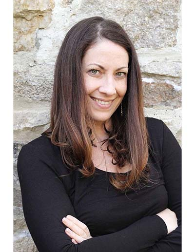 Headshot Tracy Middleton_400